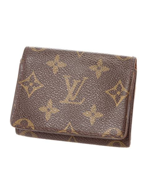 Louis vuitton key holder and bag charm hy02 white. Louis Vuitton Monogram Business Card Holder - Accessories - LOU139333   The RealReal
