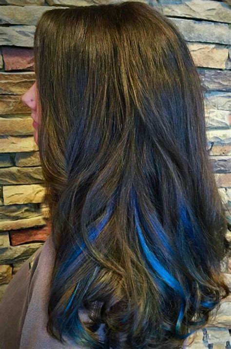 hair with colored highlights best 25 blue hair highlights ideas on