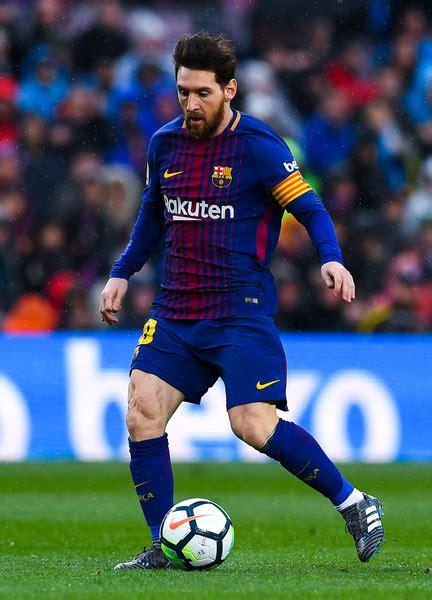 Lionel Messi - Lionel Messi Photos - Barcelona vs ...