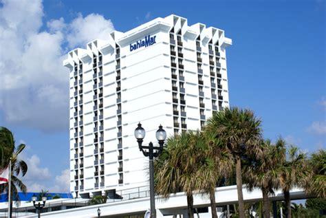 Republic Roofing in Pompano Beach, FL 33069