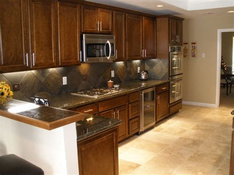 Kitchen Backsplash With Light Cabinets by Kitchen Dining Kitchen Decoration With Lights Accent