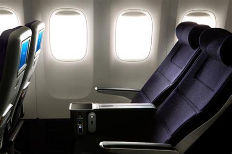 table d eveil avec siege traveller plus economique supérieur airways