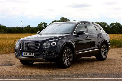 bentley bentayga suv 2016 photos parkers