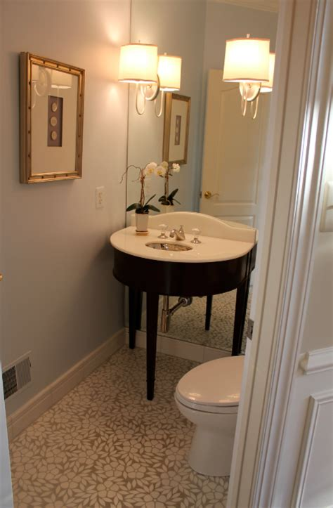 My Notting Hill Anne's Windowless Powder Room Transformed