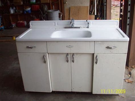 Vintage Youngstown Metal Kitchen Cabinets For Sale by Youngstown Kitchen Cabinets Wow