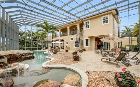 12480 Vittoria Way, Fort Myers  House For Sale  239 Listing