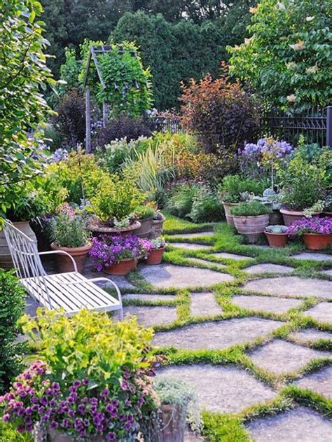 flagstone garden flagstone patio with moss filler gardening and landscape pinterest flagstone flagstone