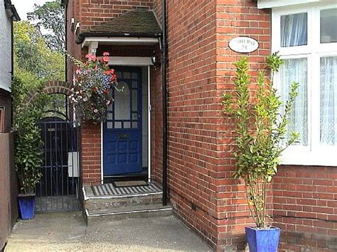 bed and breakfast reading uk guest house amherst reading reading berkshire