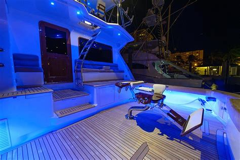 Donzi Boats Headquarters by Check Out This Deal On A 73 Donzi Sportfish Yacht