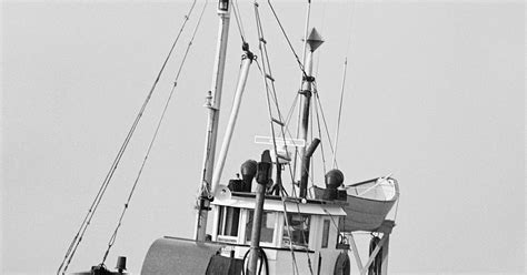 Crab Fisherman Deckhand Salary by The Average Salary Of A Deckhand Ehow Uk
