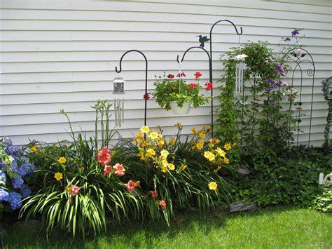 My Garden Backyard Flowers Beds Lawn And Garden House