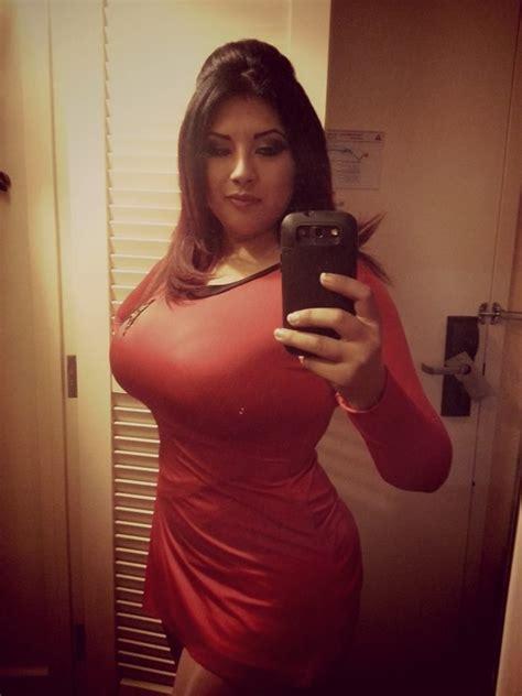 Pin By Matt Cesca On Star Trek Sexy Curvy Woman Plus Size Girls