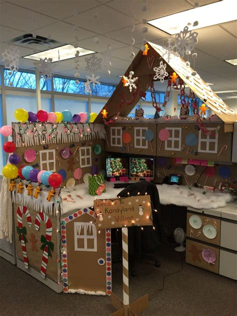 gingerbread house office cubicle decorations my office cubicle for a contest i won all made was so much everyone says i m a