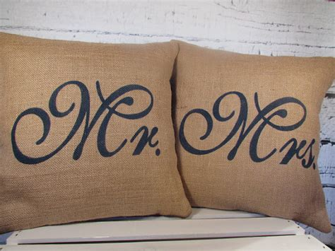 mr and mrs pillows shopping with at the picket fence at the picket fence