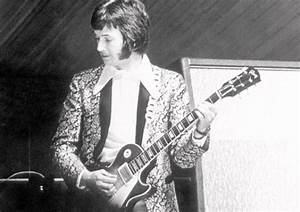 """Hear Eric Clapton's Isolated Guitar from """"Sunshine of Your ..."""