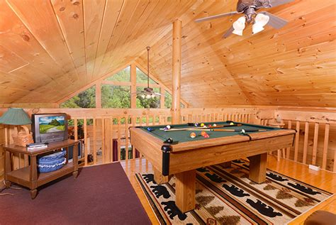 pigeon forge tn cabins mountain breeze
