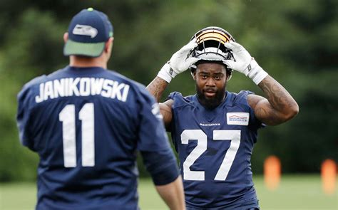 rb davis ready  prove worth  seahawks heraldnetcom