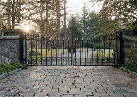 Top 60 Best Driveway Gate Ideas
