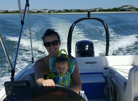Baby Boat Seat by 10 Tips For Boating With Babies And Toddlers Boats
