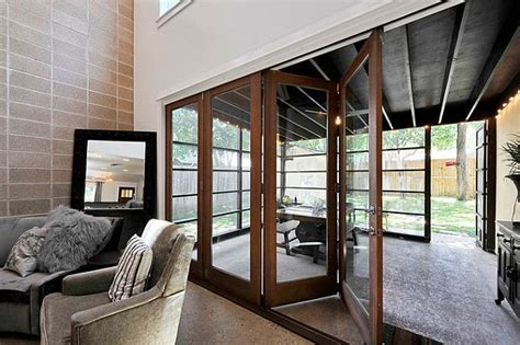 choosing sunroom furniture  match  design style