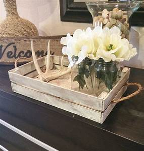 White distressed tray/Stain distressed tray w/brackets