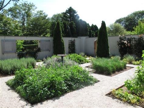 Garden Voyeur The Barefoot Contessa's Garden Casacara