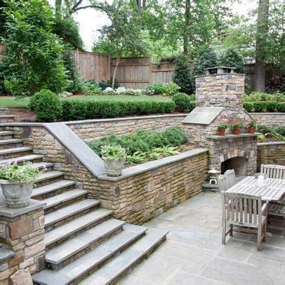 23+ Impressive Landscaping Ideas For Sloping Front Yard