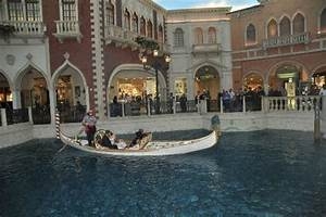 gondola wedding picture of weddings at the venetian las With gondola wedding las vegas