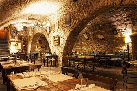 Italian restauration in Prague, typical Italian dishes