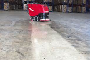 floor scrubber magnum walk behind scrubber cleaning