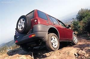Land Rover Freelander Specs  U0026 Photos