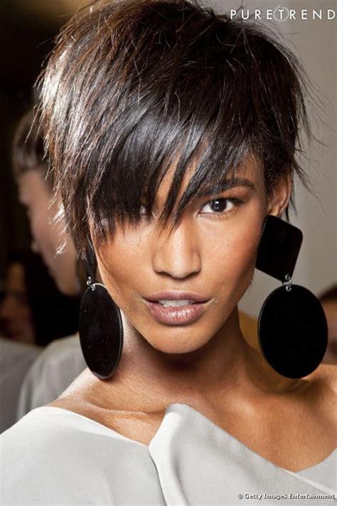 coupe de cheveux moderne courte coupe femme courte moderne