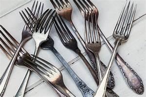 Silber Reinigen Natron : silberschmuck reinigen mit hausmitteln hilfreiche tipps ~ Frokenaadalensverden.com Haus und Dekorationen