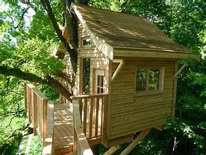 Constructeur Cabane Dans Les Arbres : cabane perchee dans mon arbre ~ Dallasstarsshop.com Idées de Décoration