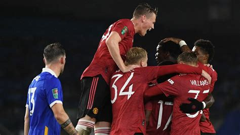 Brighton 0-3 Manchester United: Red Devils ease into ...