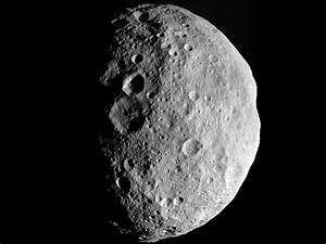 NASA's Dawn Probe Says Goodbye to Asteroid Vesta