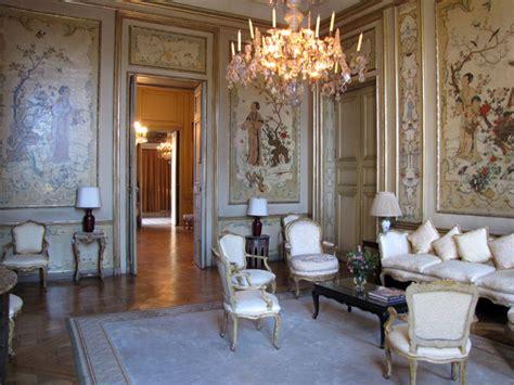 canapé baroque ambassade d 39 italie à hôtel de la rochefoucauld