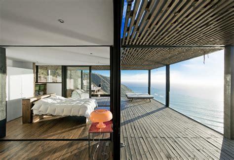 coastal house  bluff designed  blend  landscape