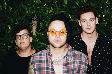 Lovelytheband Debuts New Ep 'everything I Could Never Say