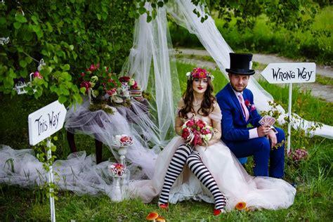 Alice In Wonderland Wedding Photos Wedding Day Makeup Bag Plans For Older Couples Party Mason Jar Glasses Miranda Kerr Products Rain Toasting Bride Groom Shot Uk Anniversary