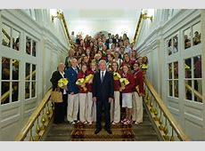 На балу олимпийцев, который сегодня откроет губернатор