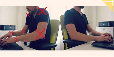 bonne posture au bureau eviter les douleurs du cou au bureau une astuce simple