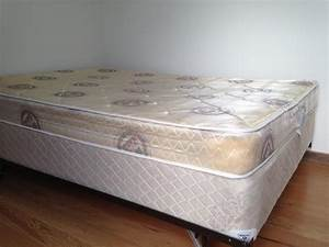Double bed mattress box spring and metal frame victoria for Double bed mattress and box spring
