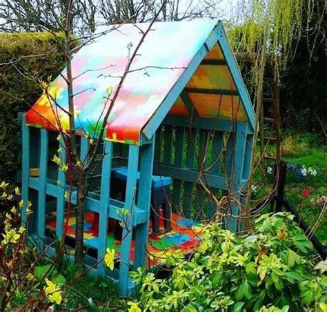 Cabane Bois Jardin Pas Cher by Maisonnette En Bois Enfant 60 Jolies Demeures Pour Les