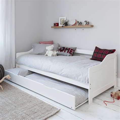 Hove Day Bed in White   Noa & Nani