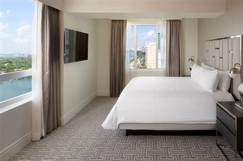 One Bedroom Suite by 2 Bedroom Suites In Miami Fontainebleau Miami