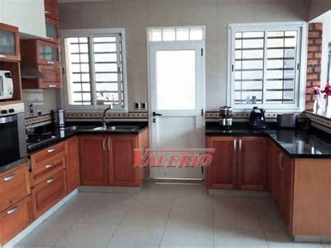 muebles de cocina en madera de cedro natural  medida amoblamientos  cocina cedro natural