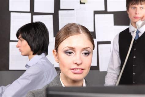 как внести пропущенную запись в трудовую книжку после увольнения