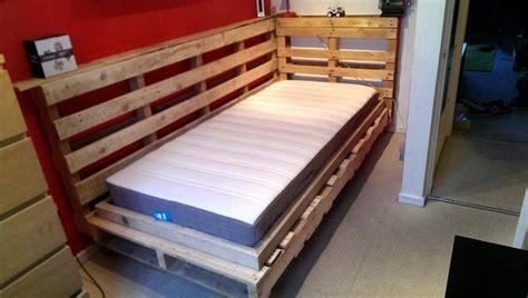 diy pallet bed design  corner pallets pro