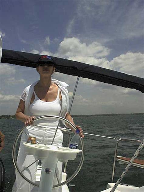 hunter   charleston south carolina sailboat  sale